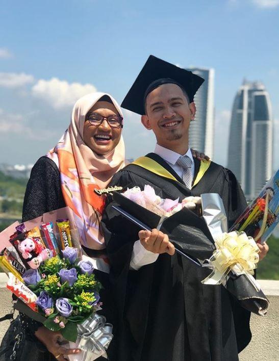 沙哈丹努力念書工作,大學畢業後開公司做生意,最後與艾莎結為連理。(圖擷自muhdhazim278 IG)