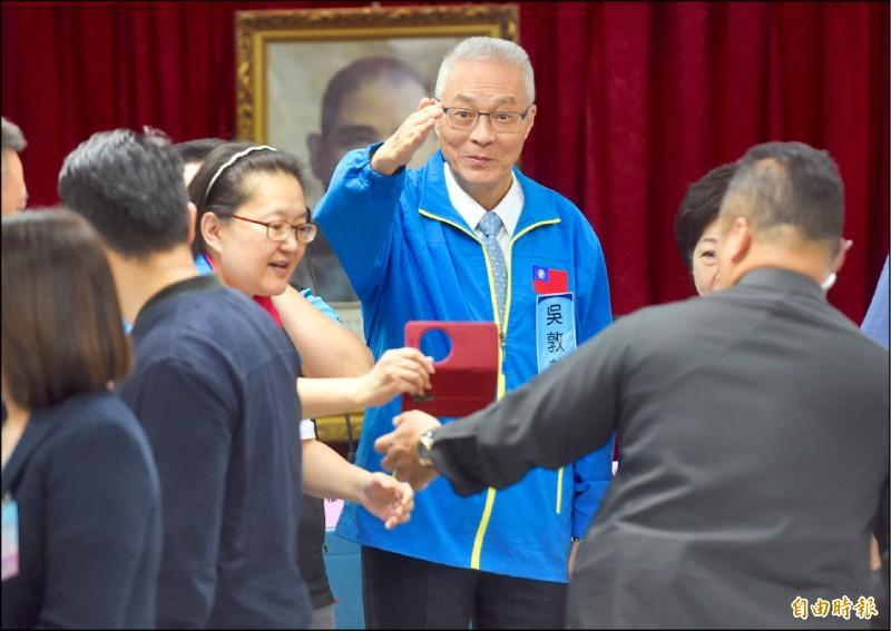 吳敦義昨在中央委員會議的談話,形同正式宣告進軍國會,爭取國會龍頭寶座。(記者簡榮豐攝)