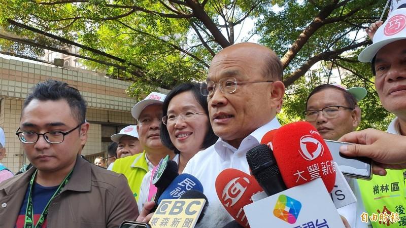 行政院長蘇貞昌表示,蔡賴配成形是很多人期待的組合。(記者邱書昱攝)