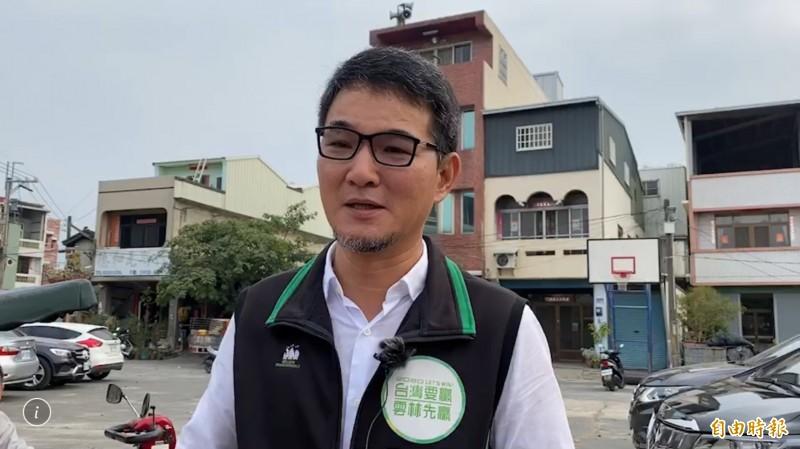 民進黨雲林山線立委參選人劉建國20日上午9點登記。(記者黃淑莉攝)