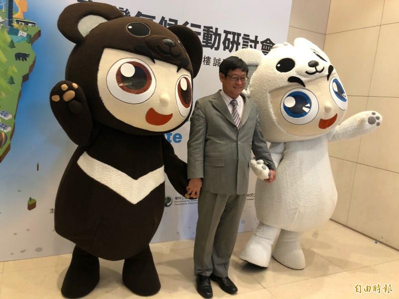 環保署長張子敬表示,明年3月將提《溫管法》修法初步構想。(記者羅綺攝)