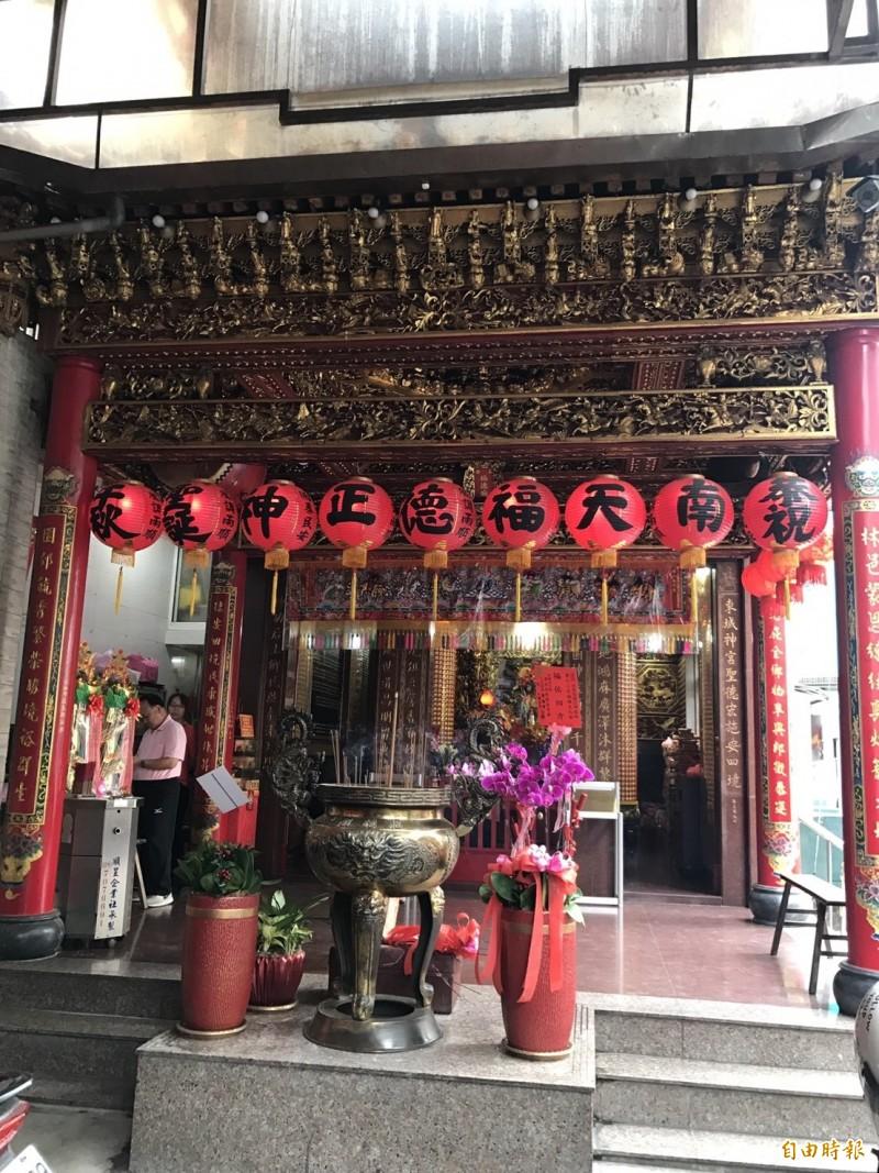 東林福德廟為知名百年老廟,香火鼎盛。(記者洪臣宏攝)
