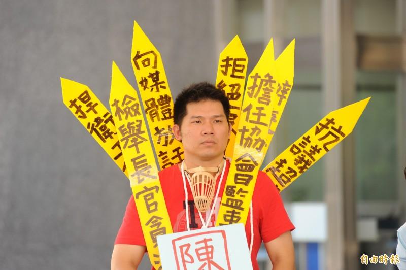 長期為基層消防員權益奔走的高市消防隊員徐國堯,認為勤務時間勤一休一(上班24小時、休息24小時)不合理,聲請釋憲。(資料照,記者張忠義攝)