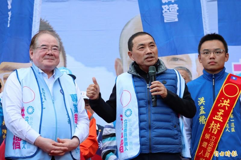 侯友宜表示,自己現在最關心市政,其他選舉新聞很少在看。(記者周湘芸攝)