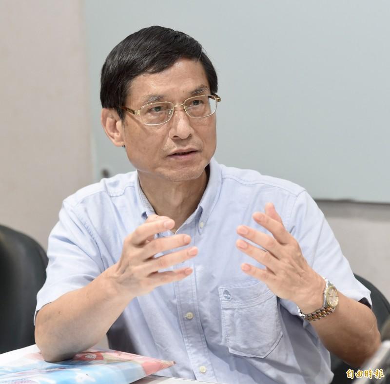 行政院政務委員林萬億批評,整個韓國瑜陣營提出包括調整軍公教年改重建退休安養制度、青年學貸免息、軍警消出國進修一年等政策是在漫天喊價、沒有完整的財政評估。(資料照)
