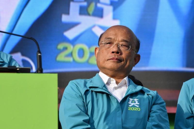 總統蔡英文的一番話,讓行政院長蘇貞昌忍不住落淚。(中央社)