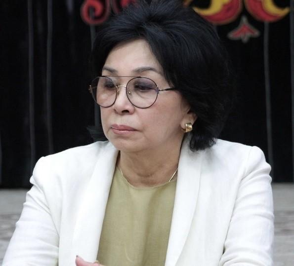吉爾吉斯國家美術館館長姜格拉切娃今天請辭獲准。(圖取自網路)