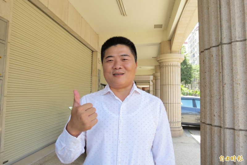 顏寬恒週六成立烏日競選總部。(記者蘇金鳳攝)