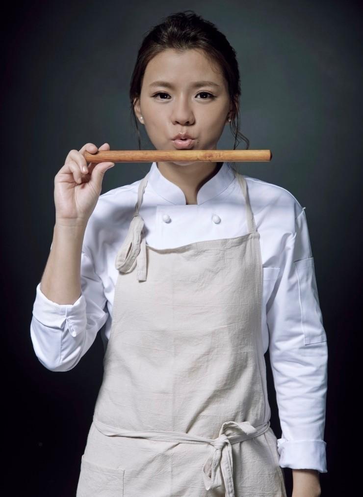 是廚師也是老師的林灝珈,國內外競賽獲獎無數,業界資歷完整。(圖:高餐大提供)