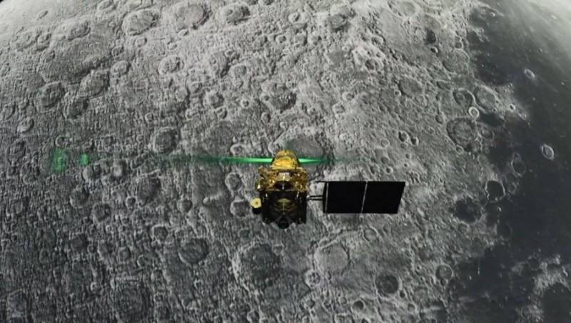 9月7日印度月球登陸器「維克拉姆」即將登陸月球南極,但在下降到距離月球表面2.1公里時突然失聯。(法新社)