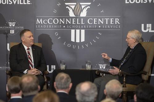 美國參議院多數黨領袖麥康奈(Mitch McConnell)談到,自由民主的觀點轉移到中國,可能是中國領導人習近平最大的夢魘。(圖擷取自「路易斯維爾大學」官網)