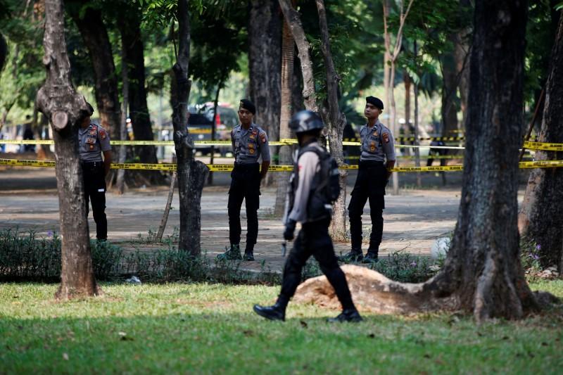 距離印尼總統府不到200公尺的國家紀念塔周邊,於當地時間今上午驚傳爆炸。(路透)