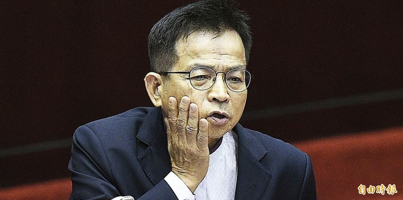 賴士葆抗議外交部應對蘇啟誠之死負責,面對媒體詢及,藍營去年也攻擊駐大阪代表處,賴稱對此不知情。(資料照)