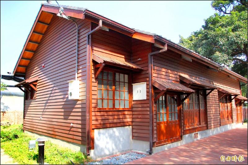朴子打造「嘉藝點文創聚落」,日式宿舍群正在招商,希望能活絡在地觀光。(記者林宜樟攝)