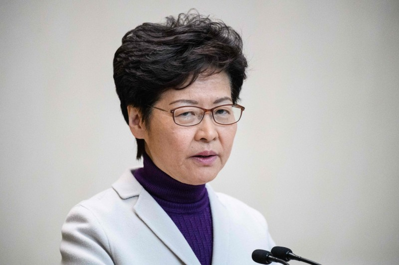 香港特首林鄭月娥今日PO文提醒民眾保暖,反遭港人狠酸。(法新社)