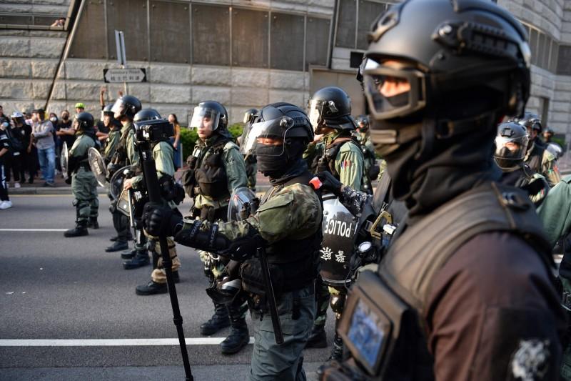 消息指出,監警會有望在12月底前向林鄭月娥遞交反送中運動的初步報告。圖為香港警方示意圖。(路透)