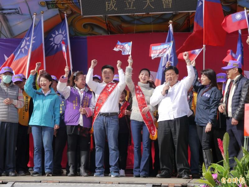 立委顏寬恒舉行烏日競選總部成立大會。(記者張軒哲攝)