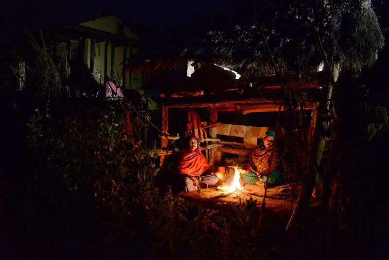 尼泊爾部分地區的民眾仍認為月經來的女性為不潔的象徵,會把他們關進月經小屋中。(法新社)