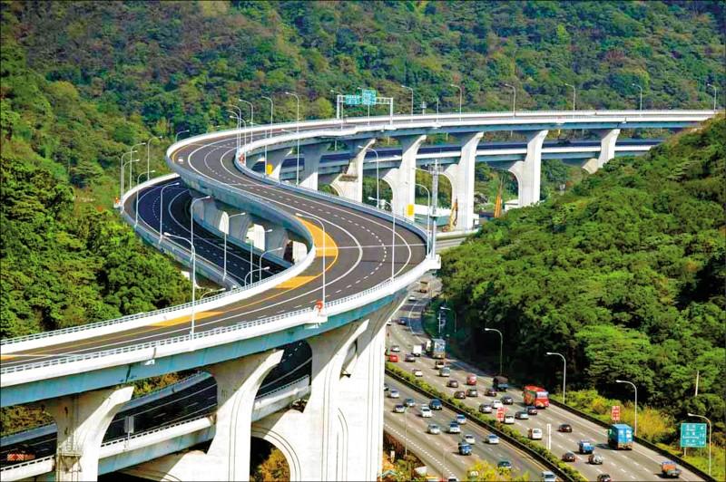 交通部高速公路局已完成五楊高架延伸苗栗頭份可行性,最快本週就會報請行政院核定。(取自高公局網站)