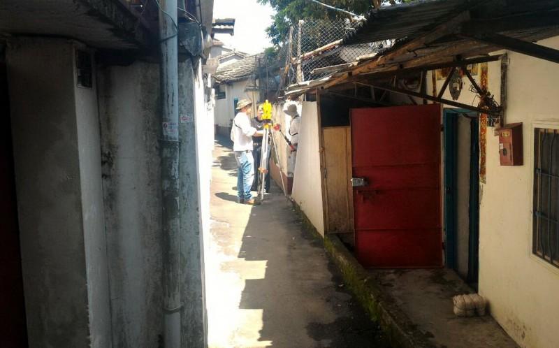 大雅區六寶里文化路的榮民、榮眷面臨拆屋還地的困難。(台中市議員徐瑄灃提供)