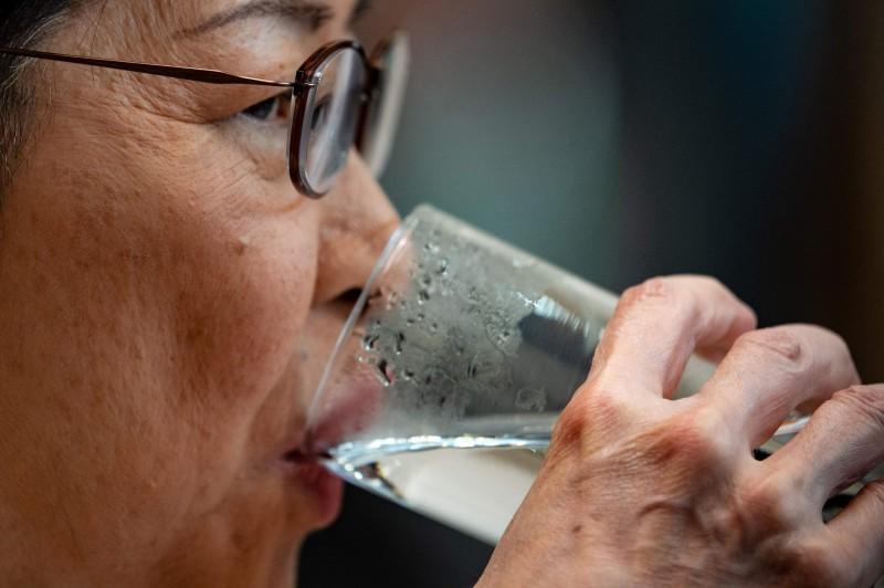 香港行政長官林鄭月娥(見圖)在最新的民意調查中,民望僅有19.7分,超過半數的港民給了她0分。(法新社)