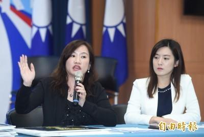 韓國瑜陣營9日稱網路社群已出現韓國瑜的抹黃照片,因此將赴台北市警局正式報案,請警方偵辦;但後來韓辦表示,因製圖者已經自首,競辦暫時將不報案。(資料照)