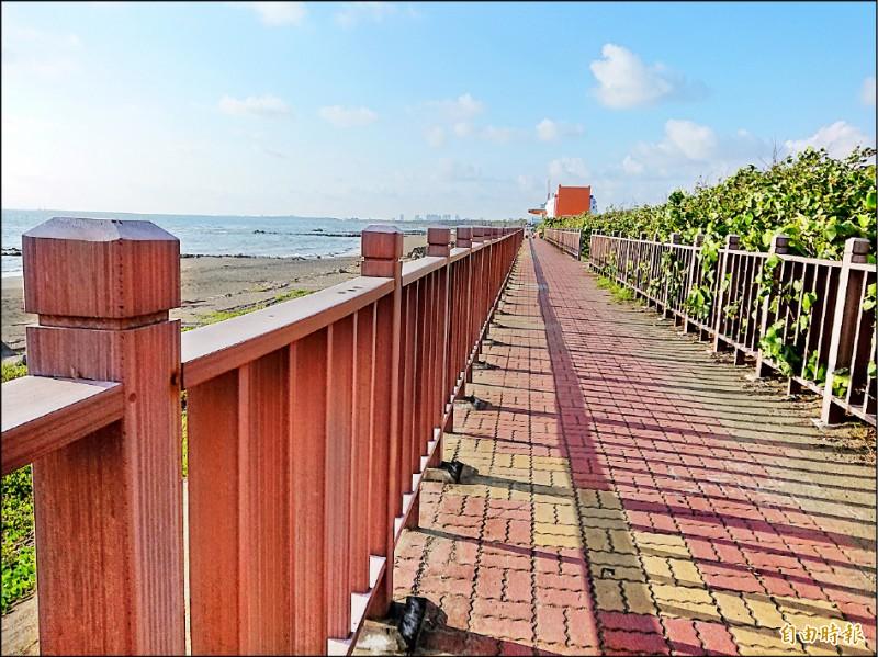 喜樹灣裡重劃區基地鄰近黃金海岸,將串聯觀光資源,規劃灣裡濕地公園。(記者洪瑞琴攝)
