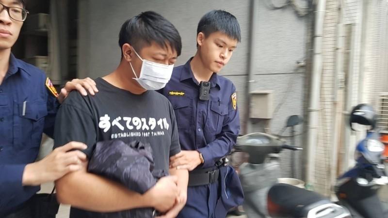 男子彭瑋傑以兇殘手段虐貓致死被檢方起訴。(記者蔡彰盛翻攝)