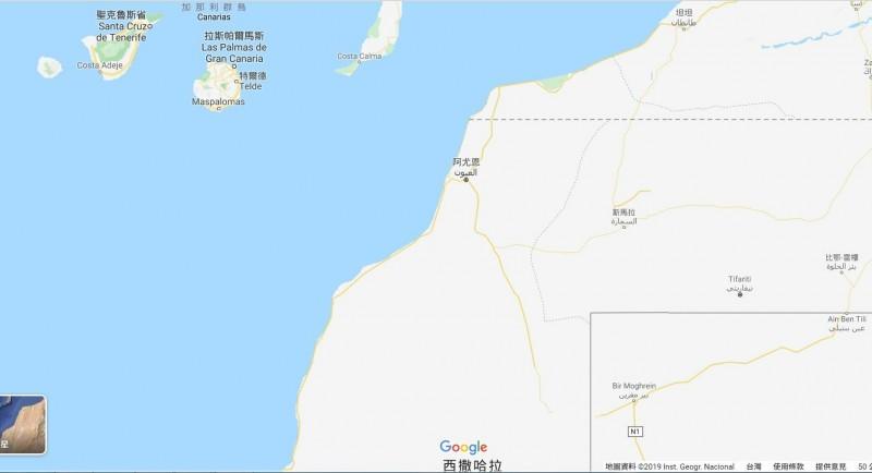 左上角是西班牙加納利群島,是作家三毛的故居在。右邊是非洲大陸,也是三毛曾待過的撒哈拉沙漠所在。(取自google地圖)