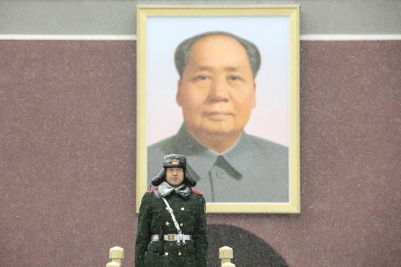 中國男子籃球職業聯賽(CBA)浙江廣廈隊的比賽海報涉嫌侮辱毛澤東,CBA對此開出史上最貴罰單。(彭博)