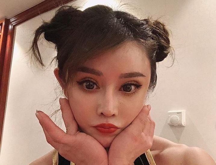 中國美女醫師袁合榮有著氣質又甜美的臉蛋加上精壯的體格,粉絲數以萬計。(圖擷取自Instagram_yuanherong1229)