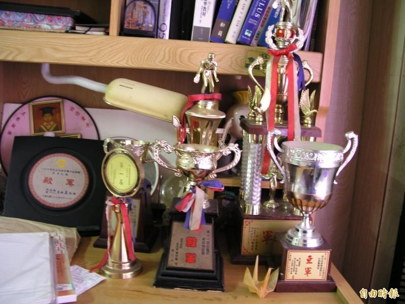 20年前大學生陳義禮遭老師綁架失蹤至今的重大懸案,桌球高手的陳生獲獎無數。(資料照)