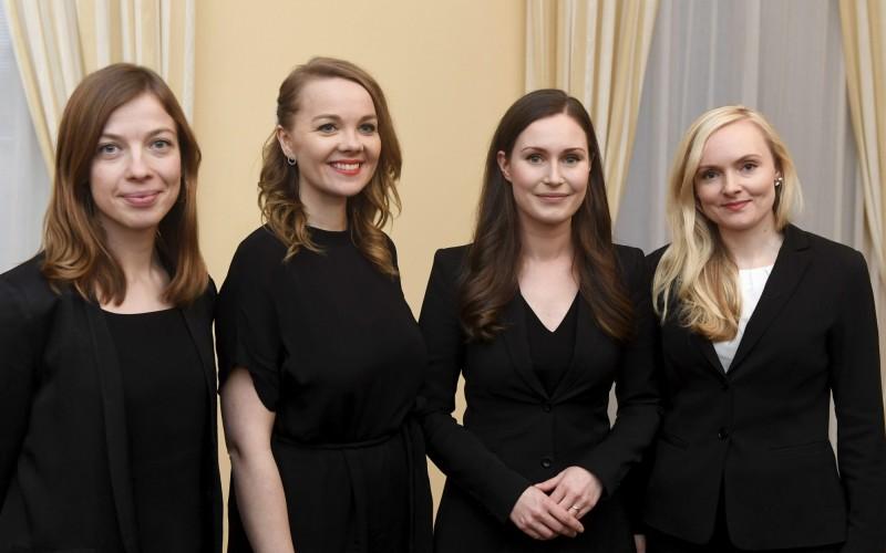 34歲的芬蘭新總理莎娜馬林(Sanna Marin)新成立的內閣,以女性為多數,在19位內閣部長中,包括13位女性,被全球媒體稱為「女力內閣」。(美聯社)