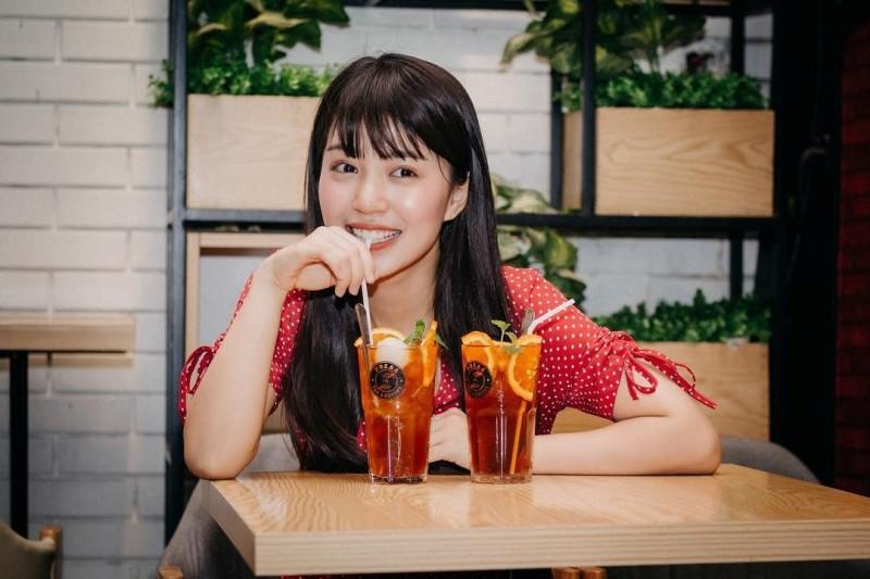 被封為「越南新垣結衣」的越南少女Mẫn Tiên在網路上有一大票粉絲。(圖擷自Instagram@manttien)