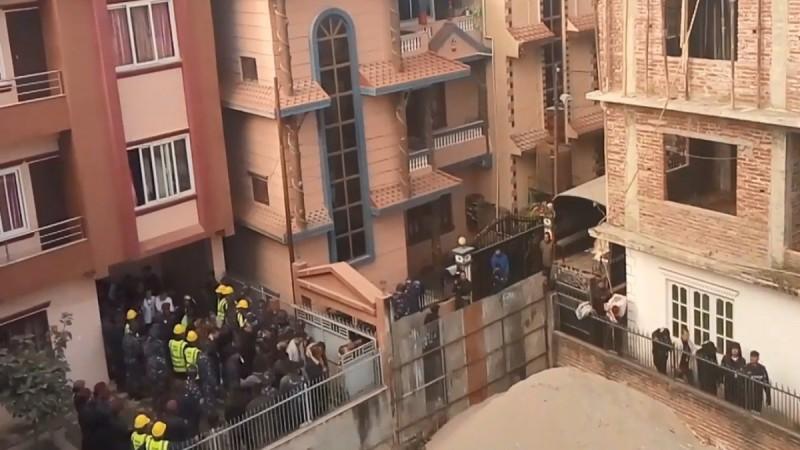 尼泊爾警方破獲歷來最大宗外國人犯罪案件,共逮捕122名中國公民。(圖擷取自網路)