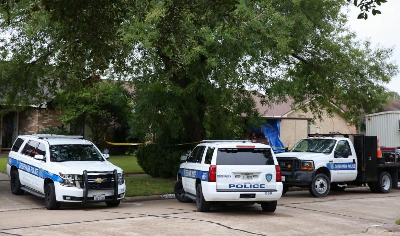美國德州發生入室盜竊案,3名宵小慘遭屋主用散彈槍打死。德州警車示意圖。(美聯社)