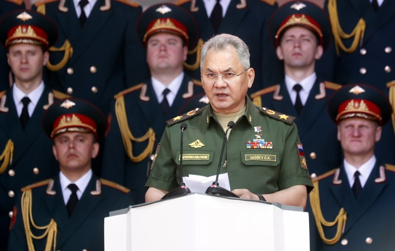 俄羅斯國防部長紹伊古24日宣布,俄國已完成佩里夫特雷射武器系統的部署。(歐新社)