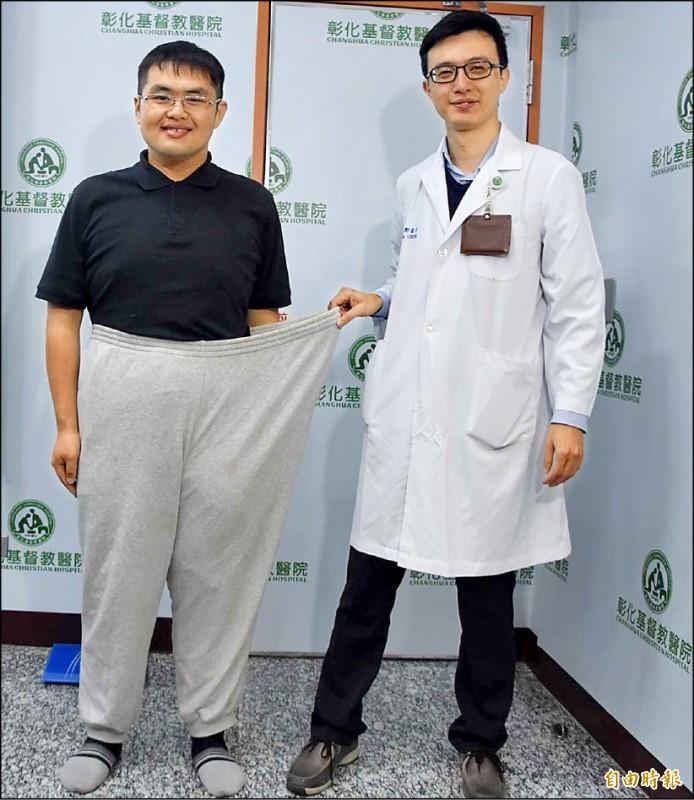 蕭育帆(左)減重過程中,飲食占減重計畫的8成,運動占2成。(記者湯世名攝)