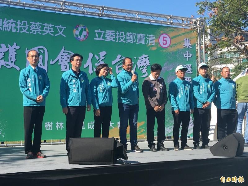 前行政院長游錫堃強調,這一代一定要守護台灣民主自由,不要讓下一代變成香港。(記者謝武雄攝)