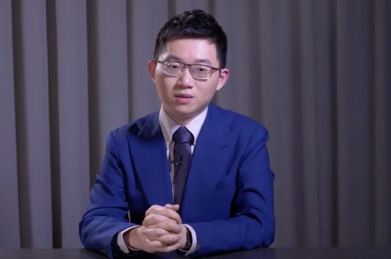 台灣學生聯合會舉辦模擬投票,並找知名網紅「視網膜」錄製開票結果公布影片。(翻攝自臉書)