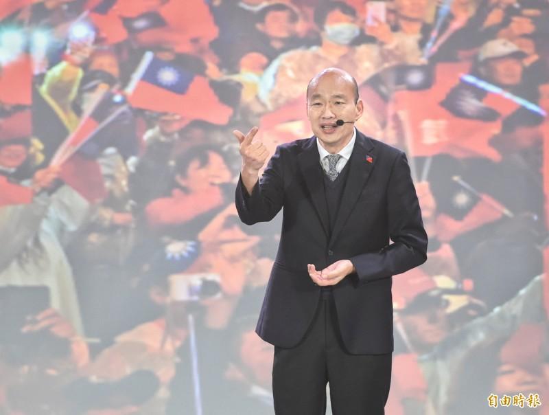 韓國瑜說,他在辯論會問兩位對手是有神論或無神論,有神論者若手上有權力沒有照顧人民,「絕對不會上天堂、會下地獄,我給自己的要求很嚴厲。」(記者方賓照攝)