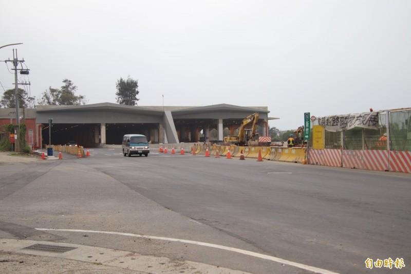 台61線西濱快速公路新豐到鳳鼻隧道完工通車後,就可望暢通到新竹市南寮地區,完成「北西濱」的打造。(記者黃美珠攝)