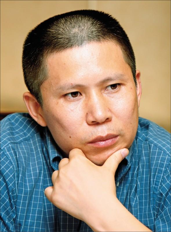 中國政府已展開新一波大規模逮捕或傳訊維權律師和公民運動人士的行動,知名公民權益倡議人士許志永已展開逃亡。(美聯社檔案照)