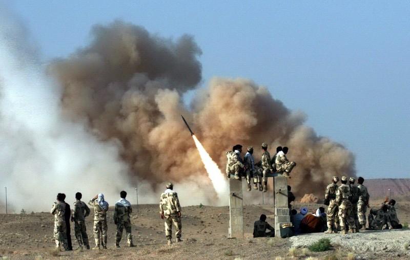 伊朗官方電視台宣稱,稍早飛彈襲擊中,造成至少80名美軍死亡。(歐新社)