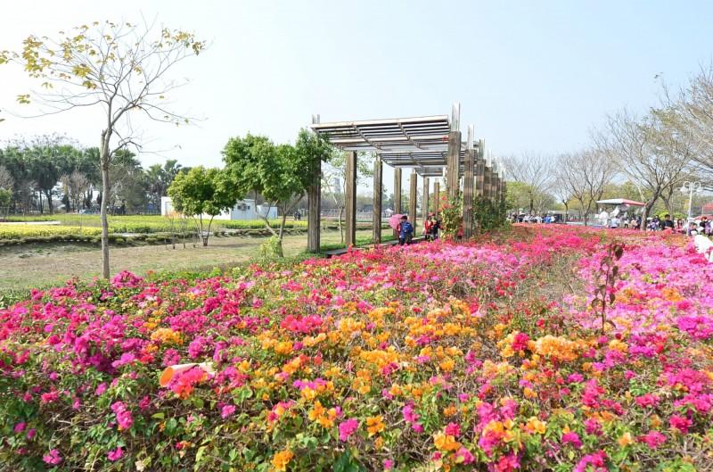 彰化縣是全台最大規模的花卉產地,每年春節登場的「花在彰化」活動,名列春節假期國民旅遊的熱鬧景點。(圖彰化縣政府提供)