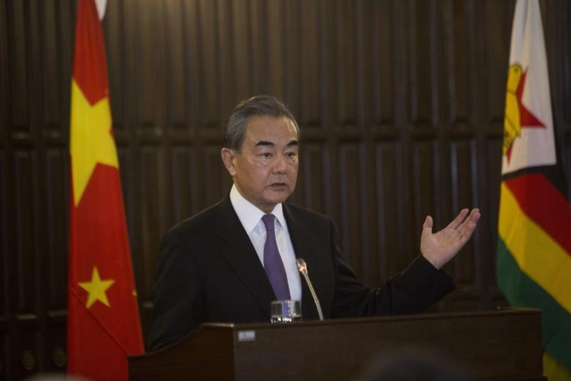 中國外交部部長王毅出訪非洲,對台灣大選結果重申一中原則。(美聯社)