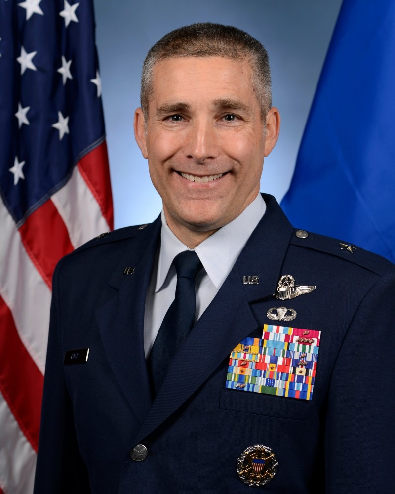 美軍准將艾斯勒。(取自美國空軍網站)
