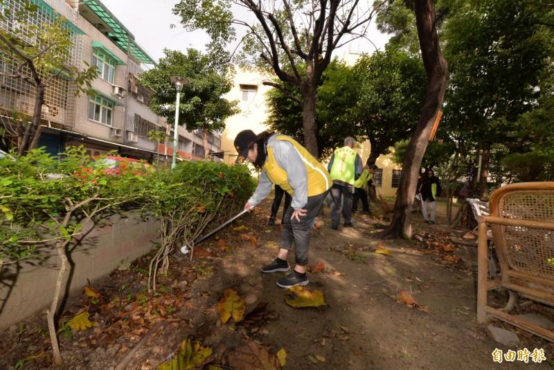 桃市環保局舉辦「環境清潔週」活動。(記者許倬勛攝)