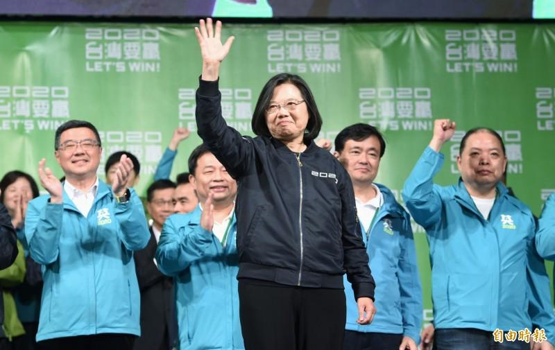 日本東京大學教授松田康博說,中國國家主席習近平硬推「促統」,這種明知不可為而為之一定出問題,他認為習近平的對台政策失敗,是綠營在這次選舉獲勝的因素之一。(資料照)