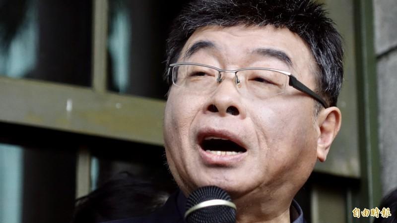 邱毅剛說要安靜終老,卻又在微博砲轟「英粉廢青」要「毀滅台灣」。(資料照)
